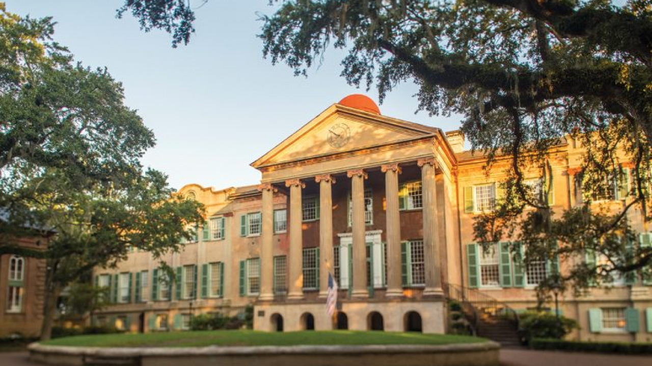 Non-partisan student politics club sues College of Charleston for unlawful discrimination